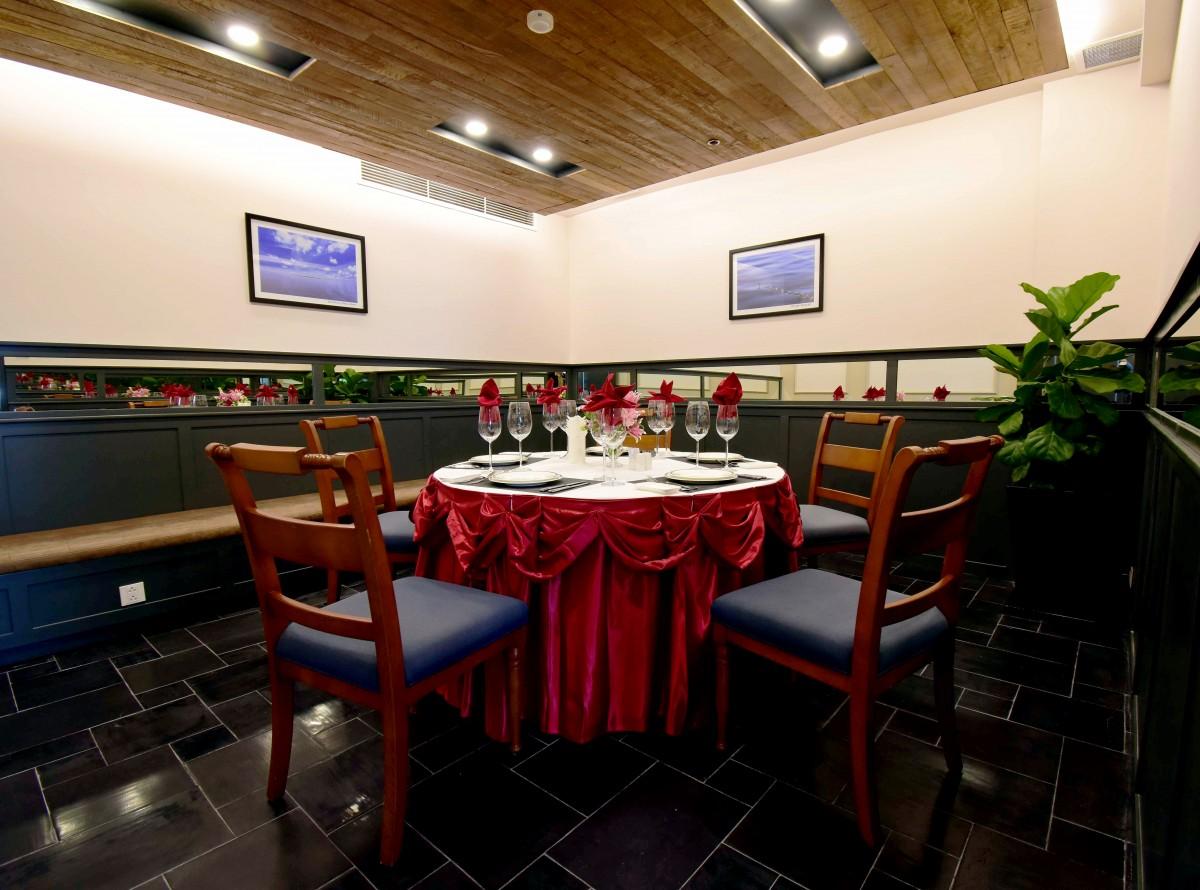 Hoang Sa Restaurant